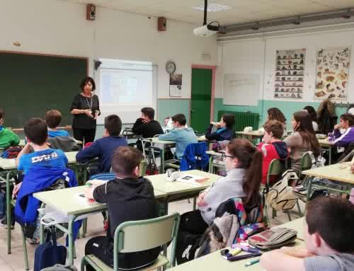 Visita de la escritora Ana Alcolea