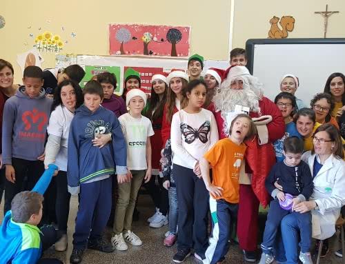 Visita de Papá Noel al CEE San Antonio de ATADES